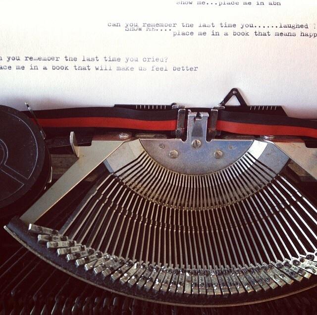 Typewriter ivo.jpg