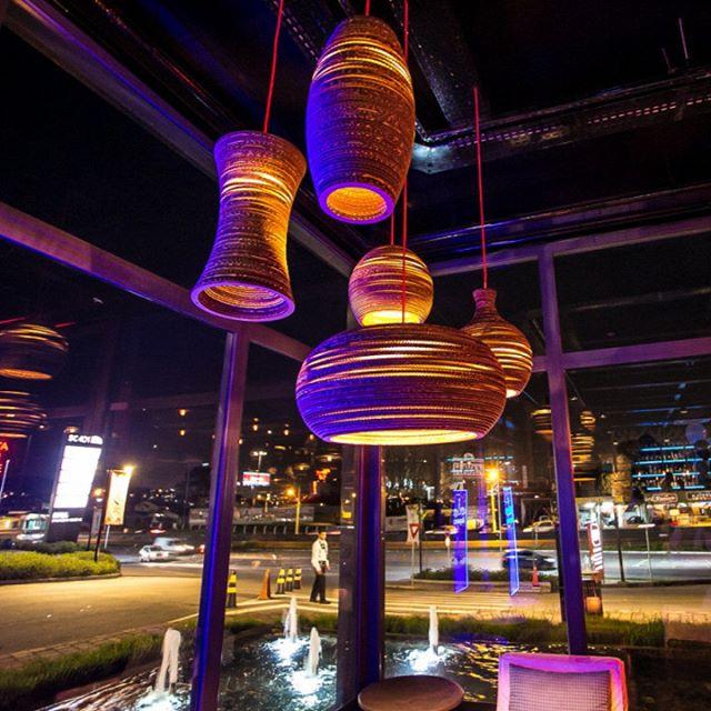 Detalhes que encantam! 💡 __________________________________ #details #decor #iluminação #ocredesign #designfloripa #architecture