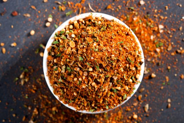 Make your own spice rubs and marinades, free of additives and extra sodium. (Shutterstock)