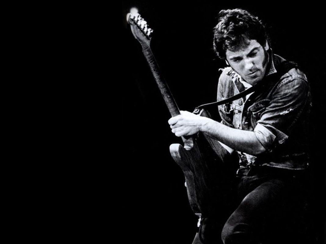 Bruce-Springsteen@13-09-2016-162205-1068x801.jpg