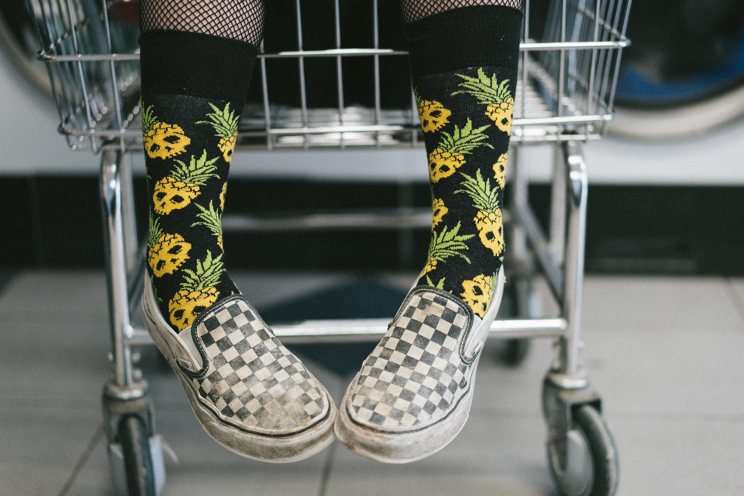 pineappleskullsocks.jpg