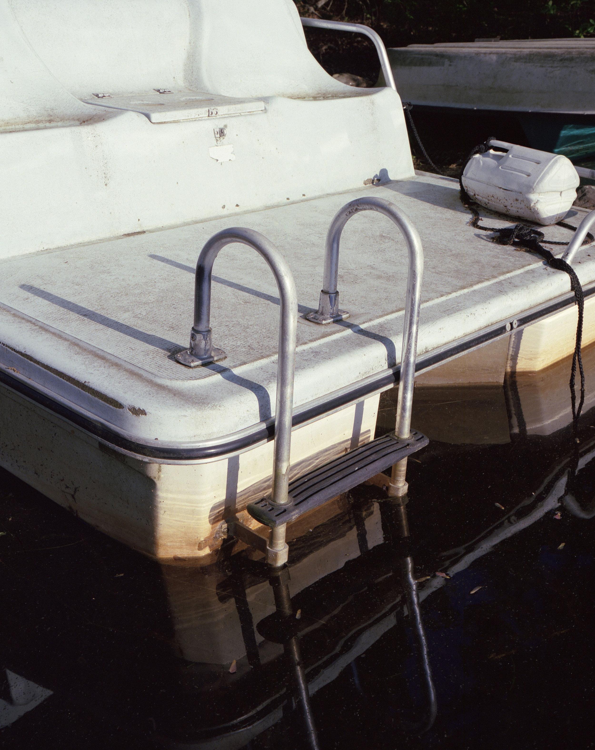 PaddleBoat_web.jpg