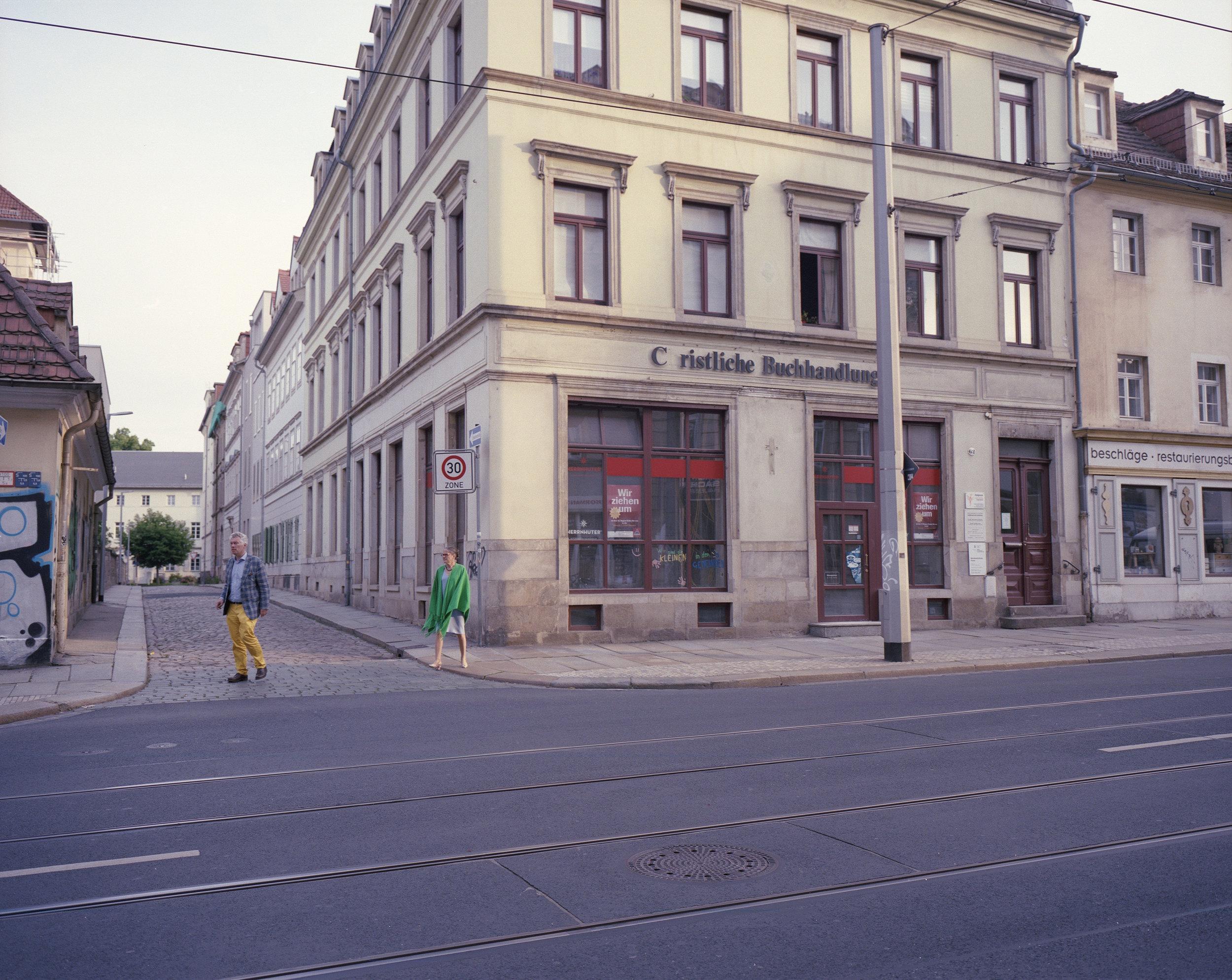 Bookstore1_web.jpg