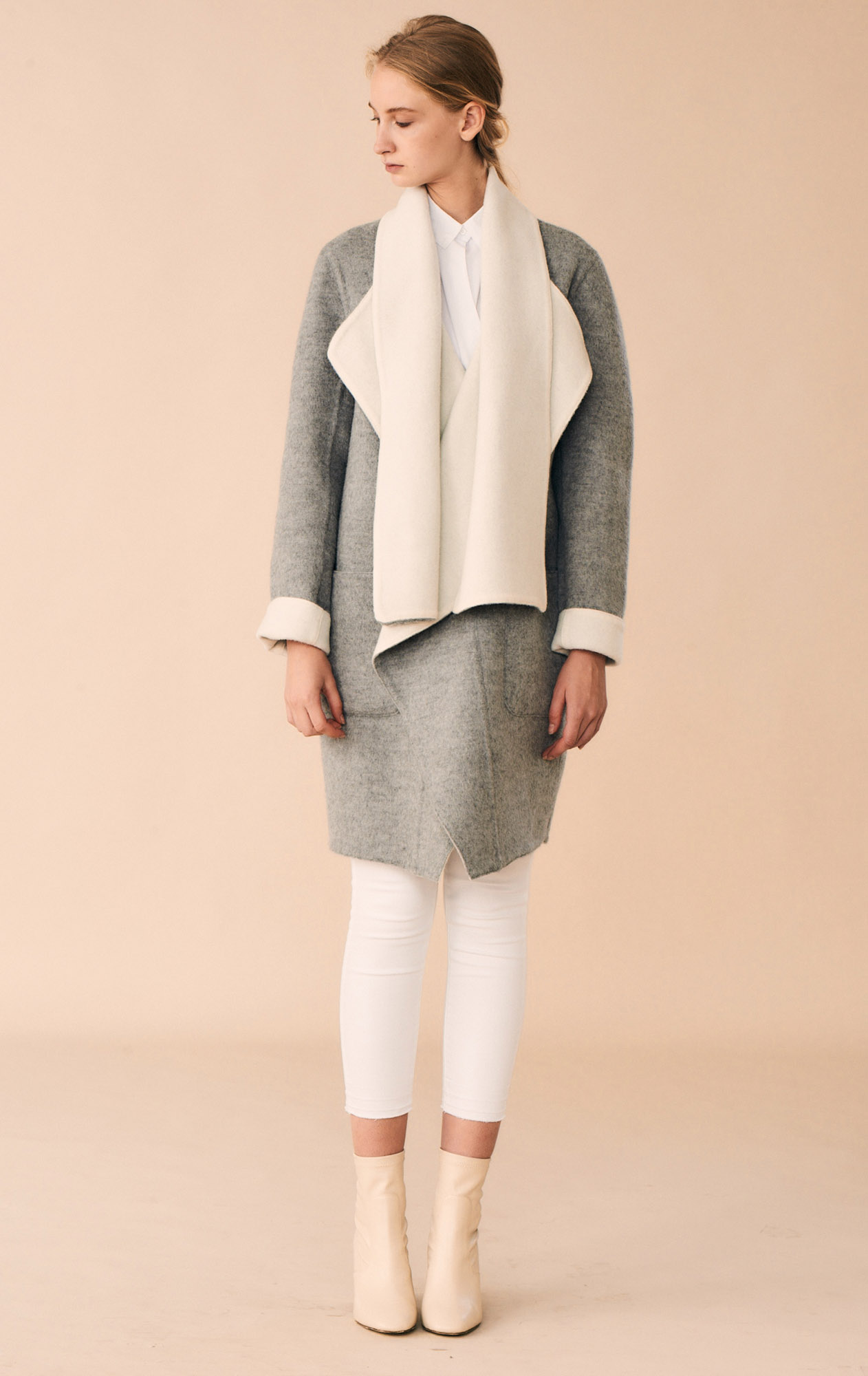 JACKET LUCIA AT-325   Colors:  double face   gray/white   Sizes: XS, S, M, L, XL