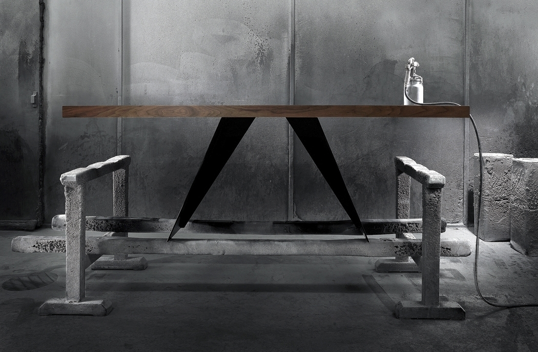 Dining Tables - When details become textures.