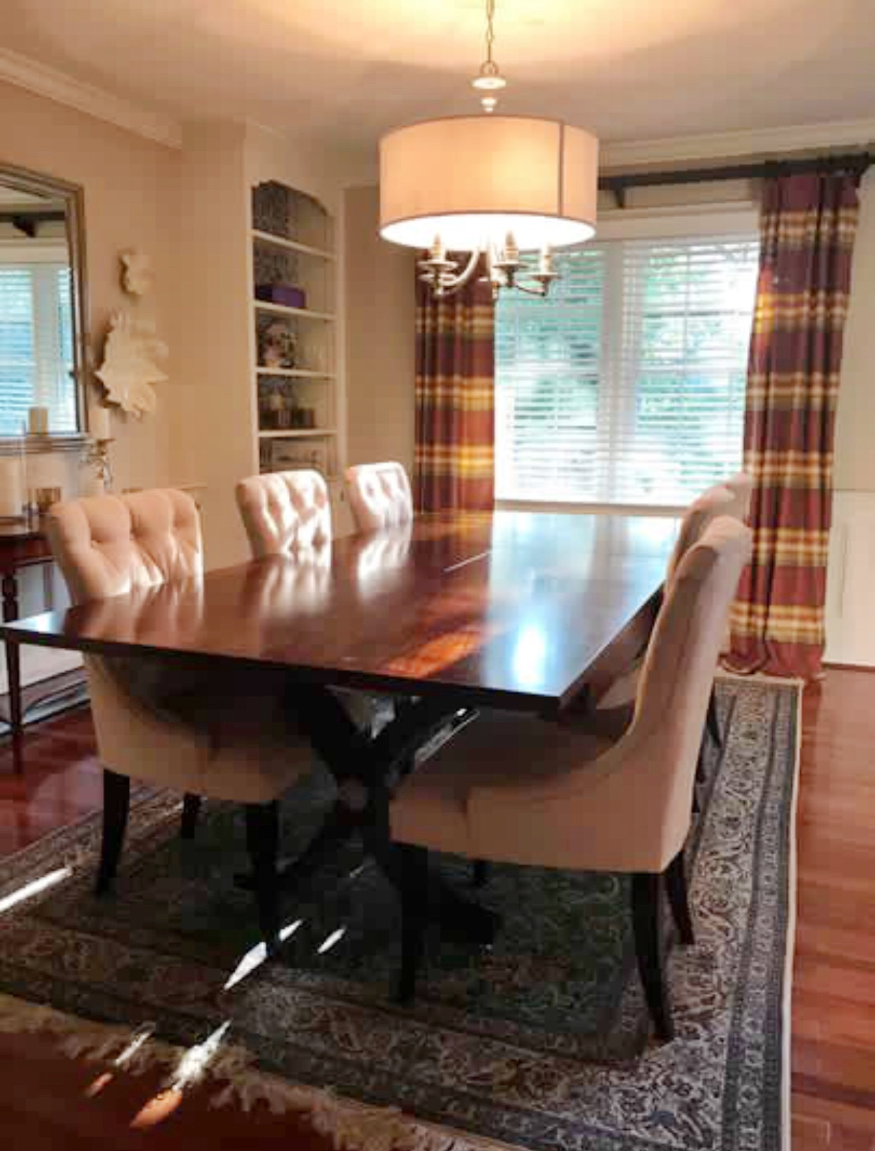 Dining Room to Hallway Transitions Jana Donohoe Designs Fayetteville, North Carolina28301, 28303, 28304, 28305, 28306, 28307, 28308, 28310, 28311, 28312, 28314, 28390, 28395. .jpeg