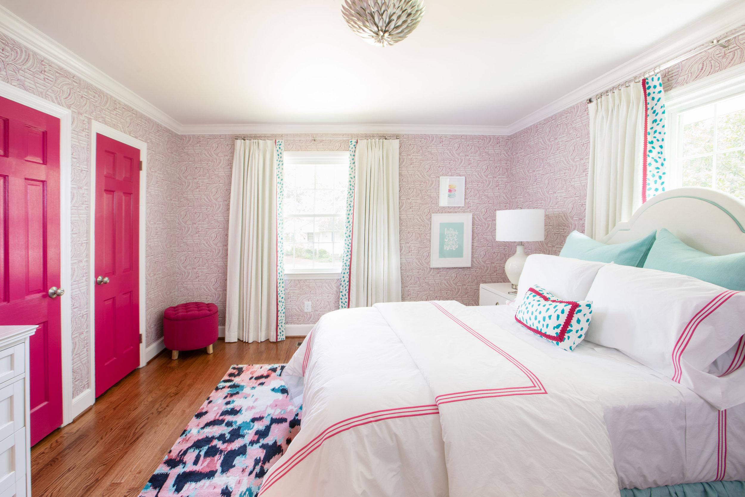 InteriorDesign_oneroomchallange_pinkroom-5.jpg