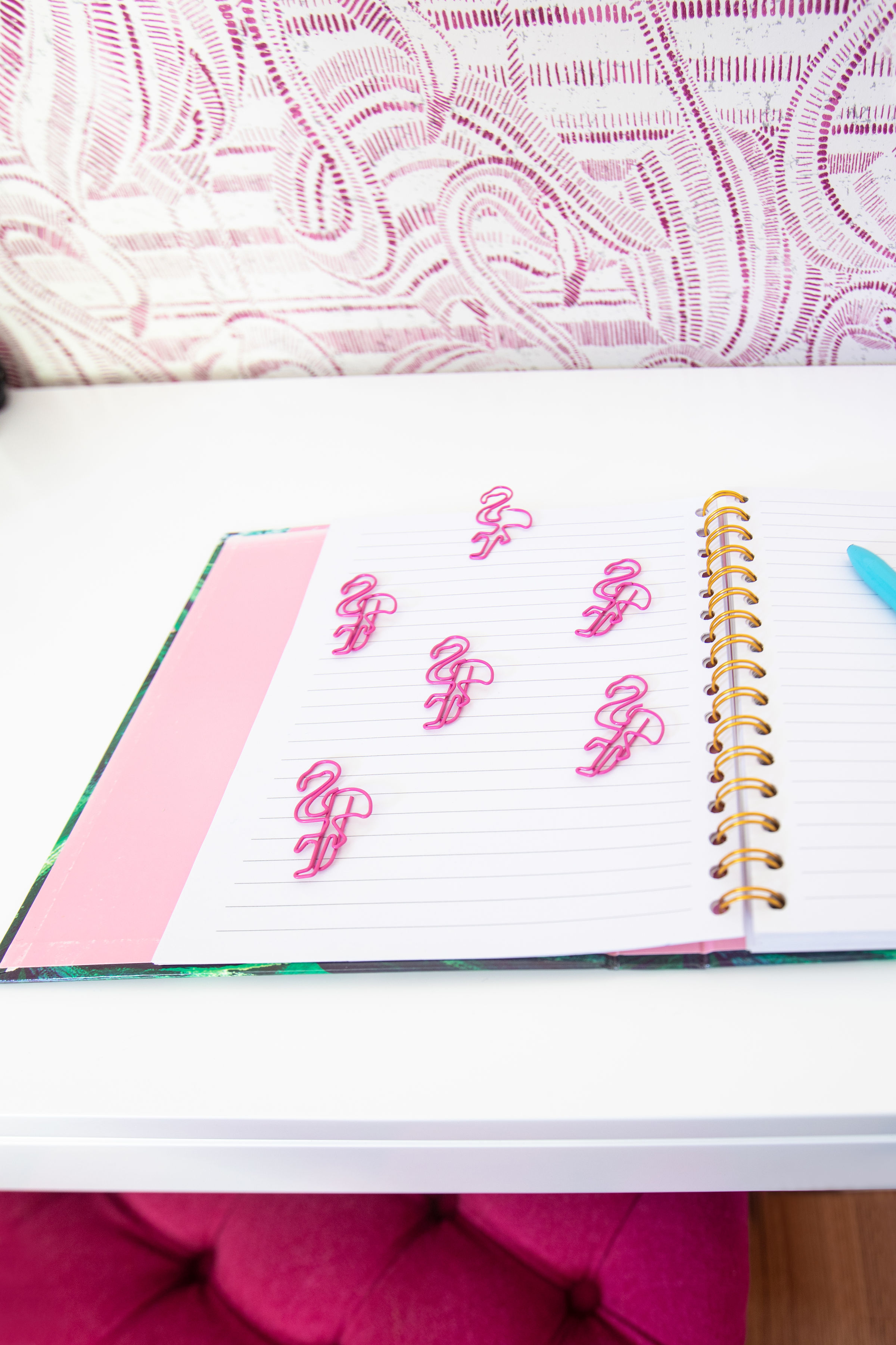 flamingo paper clips with stationary