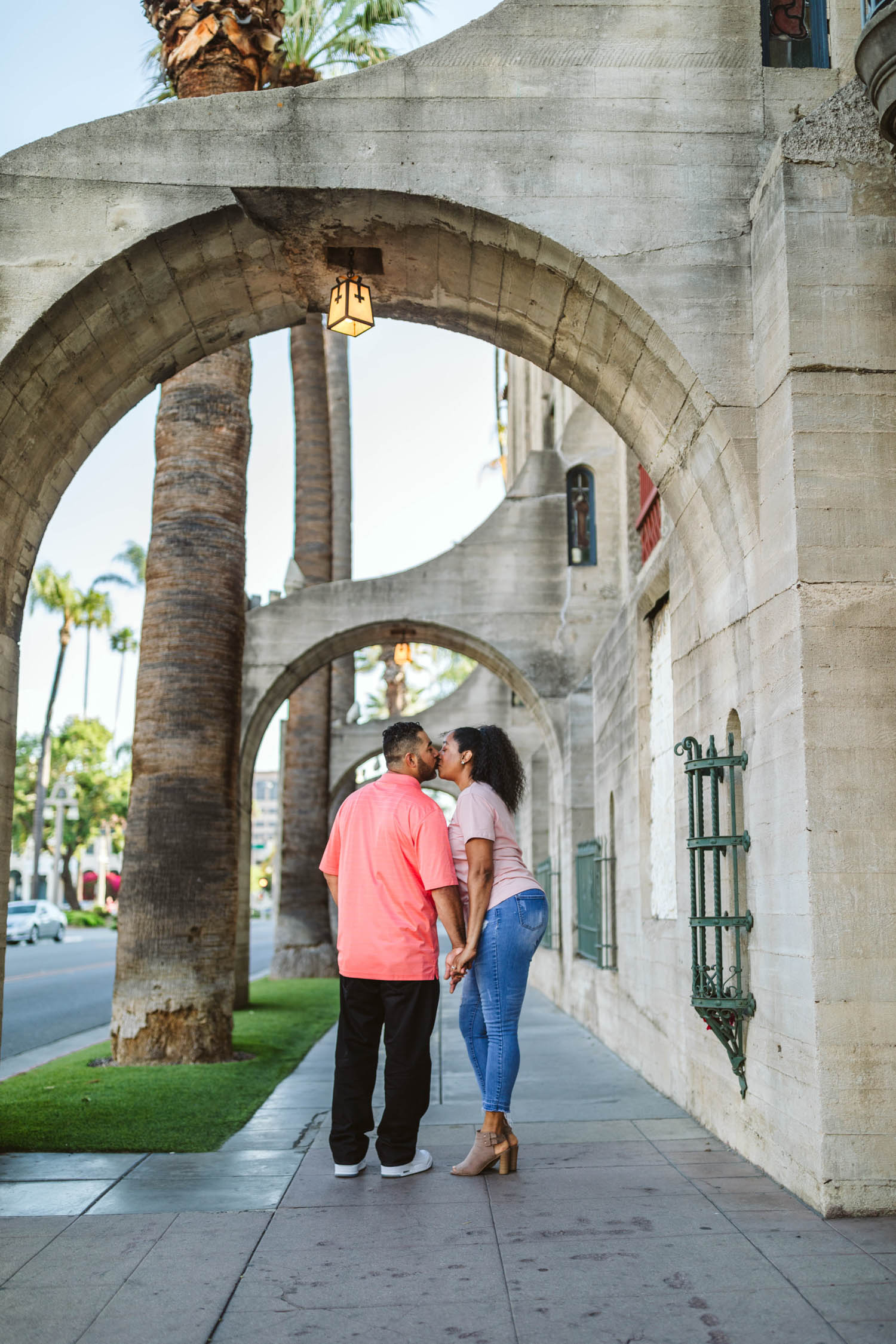 downtown_riverside_engagement_013.jpg
