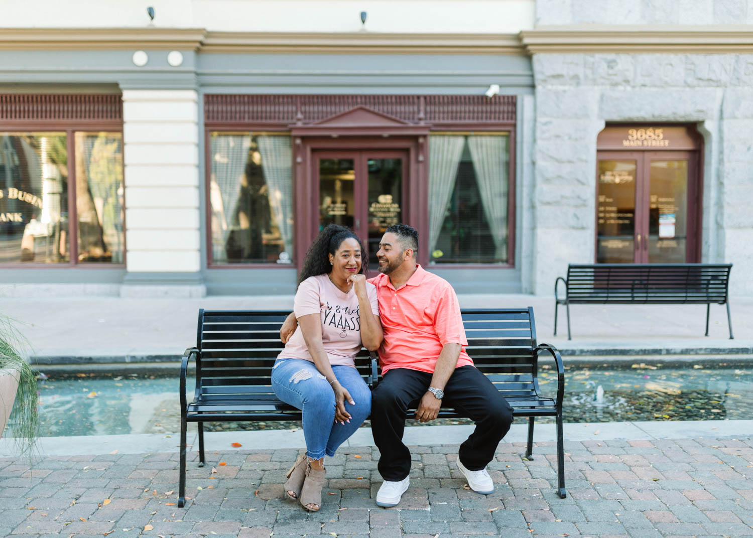 downtown_riverside_engagement_021.jpg