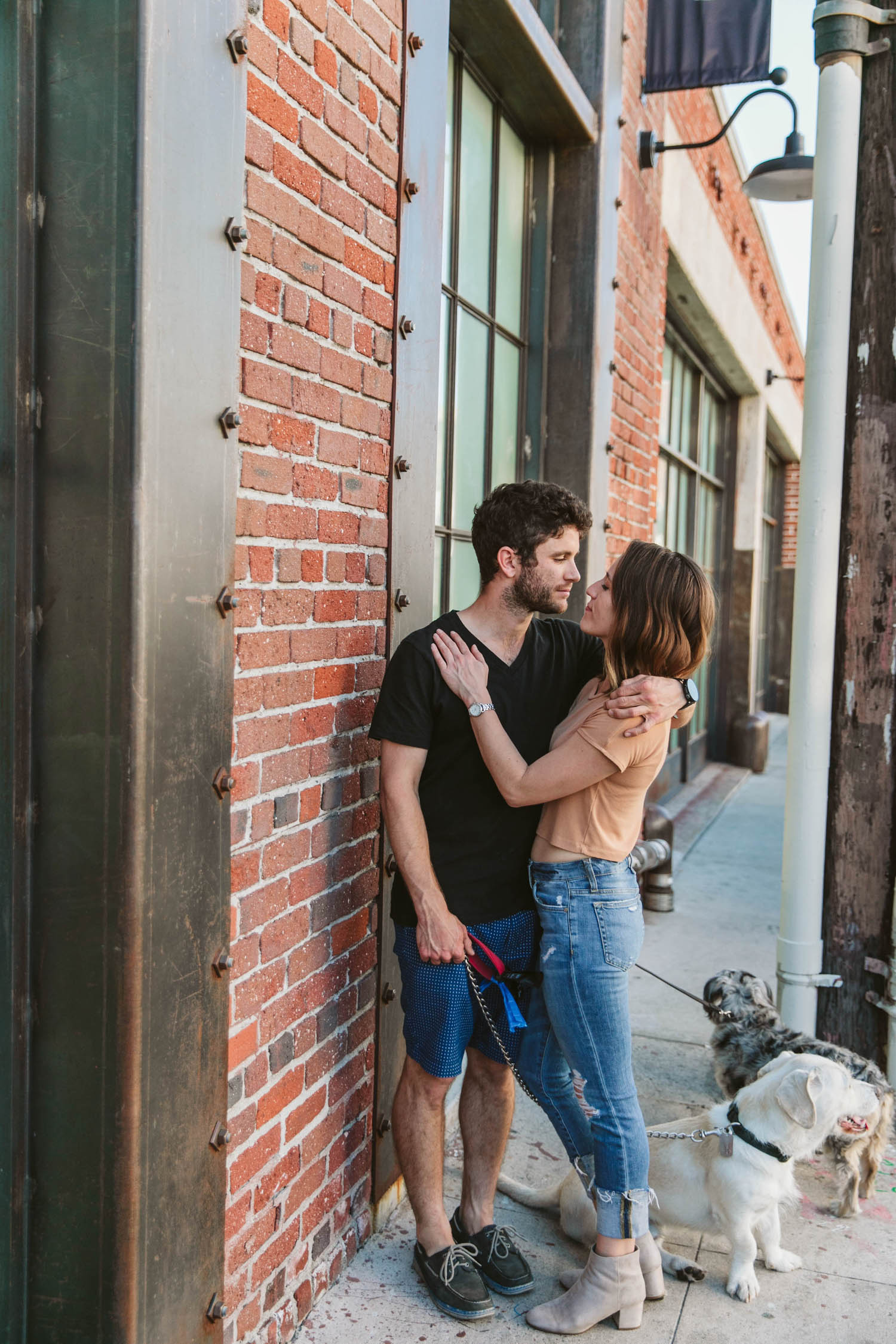 downtown_los_angeles_couples_session_024.jpg