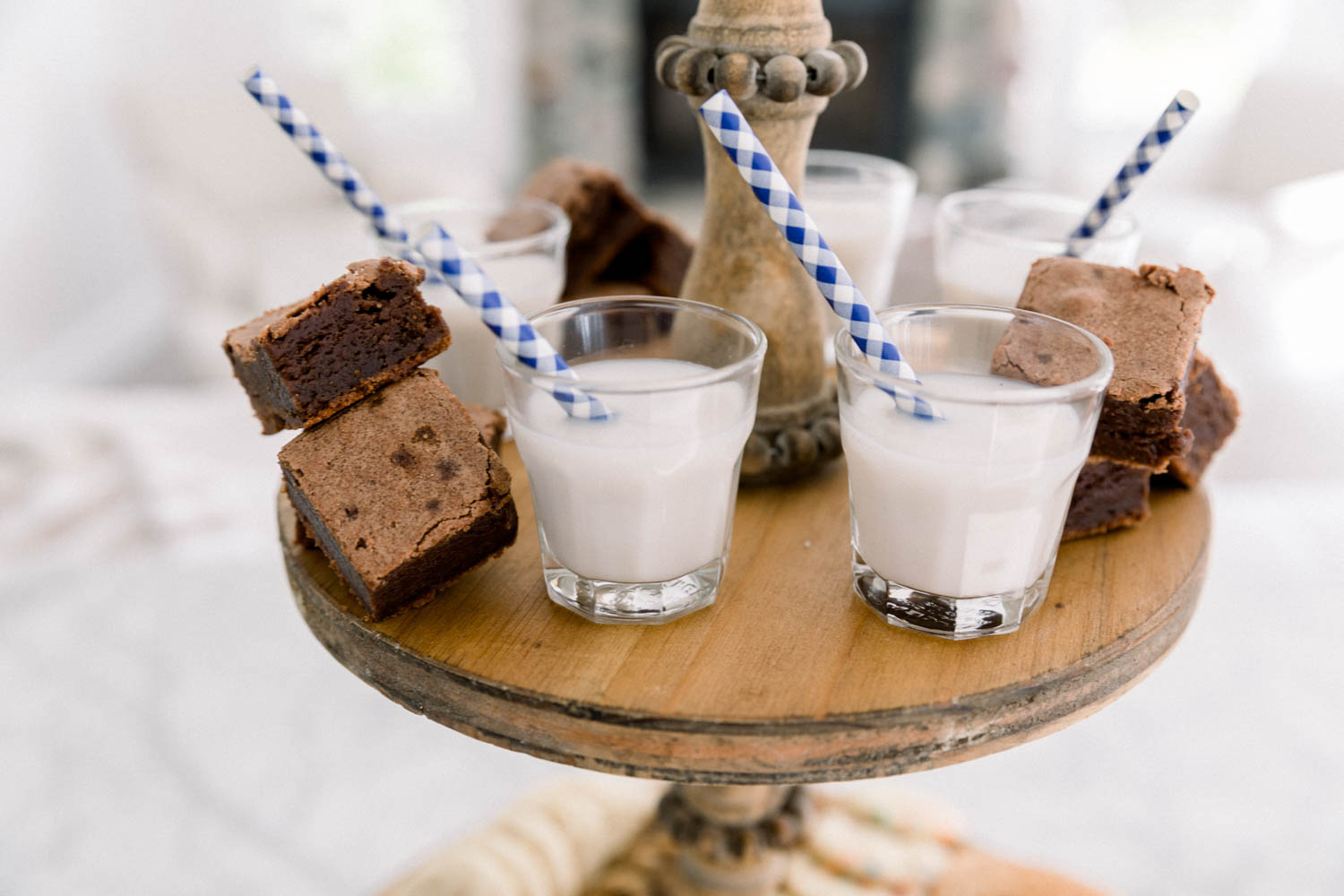 How cute are these mini glasses of milk paired with brownie bites?