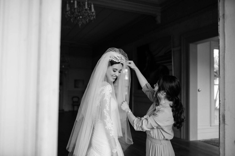 Jesse and Jessie Weddings Auckland City wedding photographer Hera Couture wedding dress