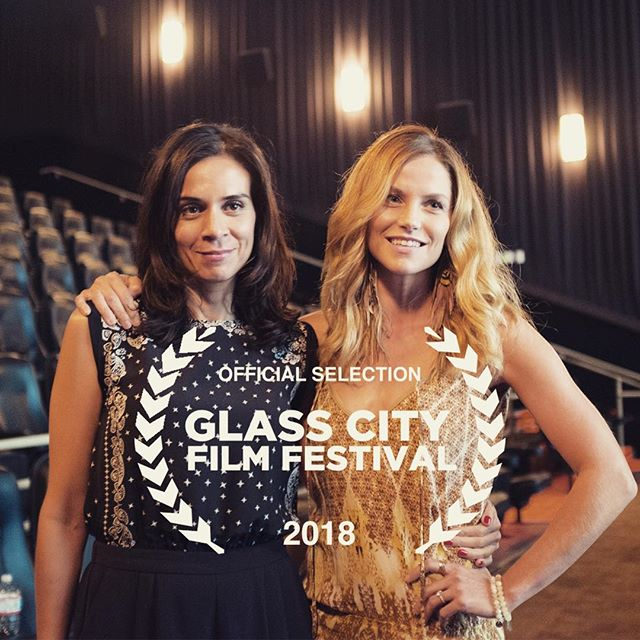"""Midwesterners! #JackAndJill are going to @glasscityff ~ screening TOMORROW, Saturday May 19th at @collingwoodartscenter at 6pm in the """"Adrenaline"""" Shorts Block. Stick around for the Q&A with """"Jack"""" @themelissajackson and Writer/Director @nikhilmelnechuk. #jackandjillarecoming #bowerypoetrystudios #womeninfilm #indie #shortfilm #GCFF2018"""