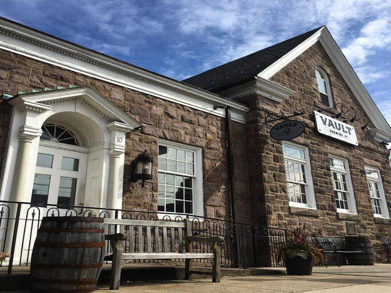 Vault Brewing, Brewery in Newtown, PA, Bucks County Brewery, I Do Bucks County