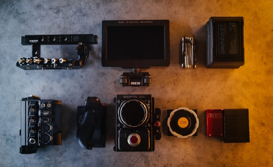 Rentals - -RED Epic Gemini -Tilta Rig For Red DSMC 2 Cameras (Kit B1) V-Mount -RED Touch 4.7