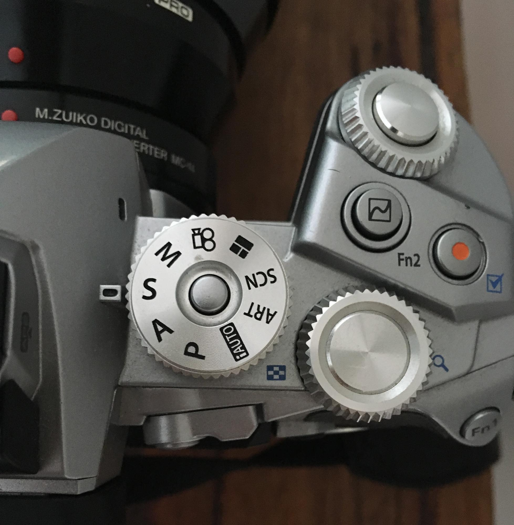 An example of a camera set to Speed Priority. The speed is controlled by rolling the front dial.