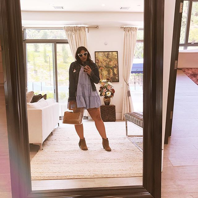 Selfie in the $8M house, putting it in to the universe like the secret.
