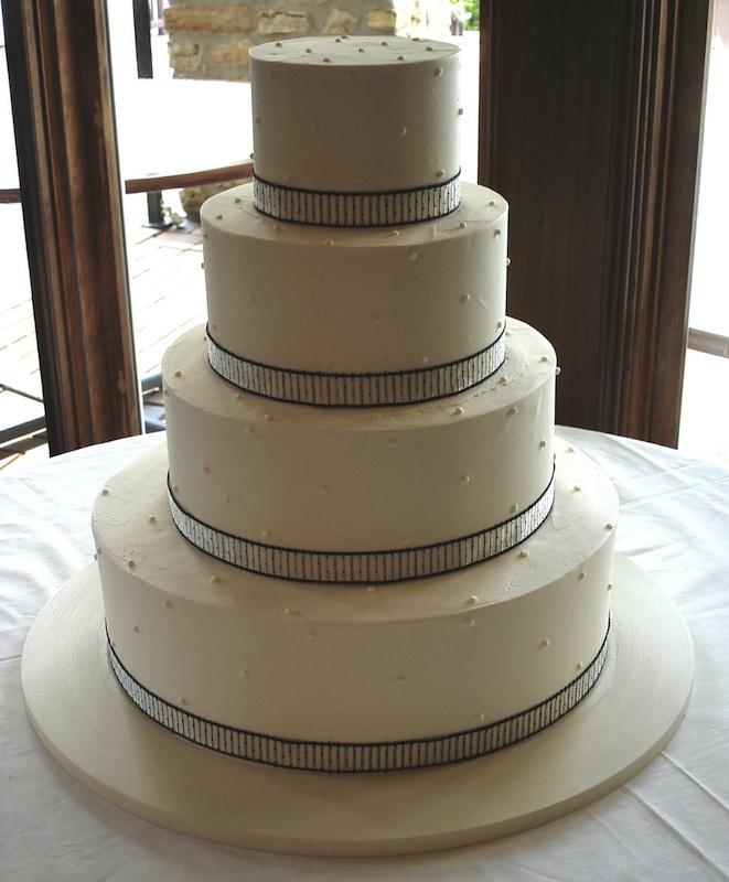 wedding - 4 tier white with black lining Cakes.jpg