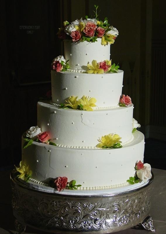wedding - Swiss_Dot_spring_flowers.jpg