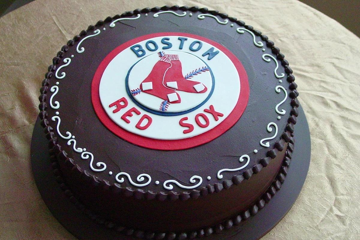grooms cake - Boston_Red_Sox_logo_on_fudge.jpg