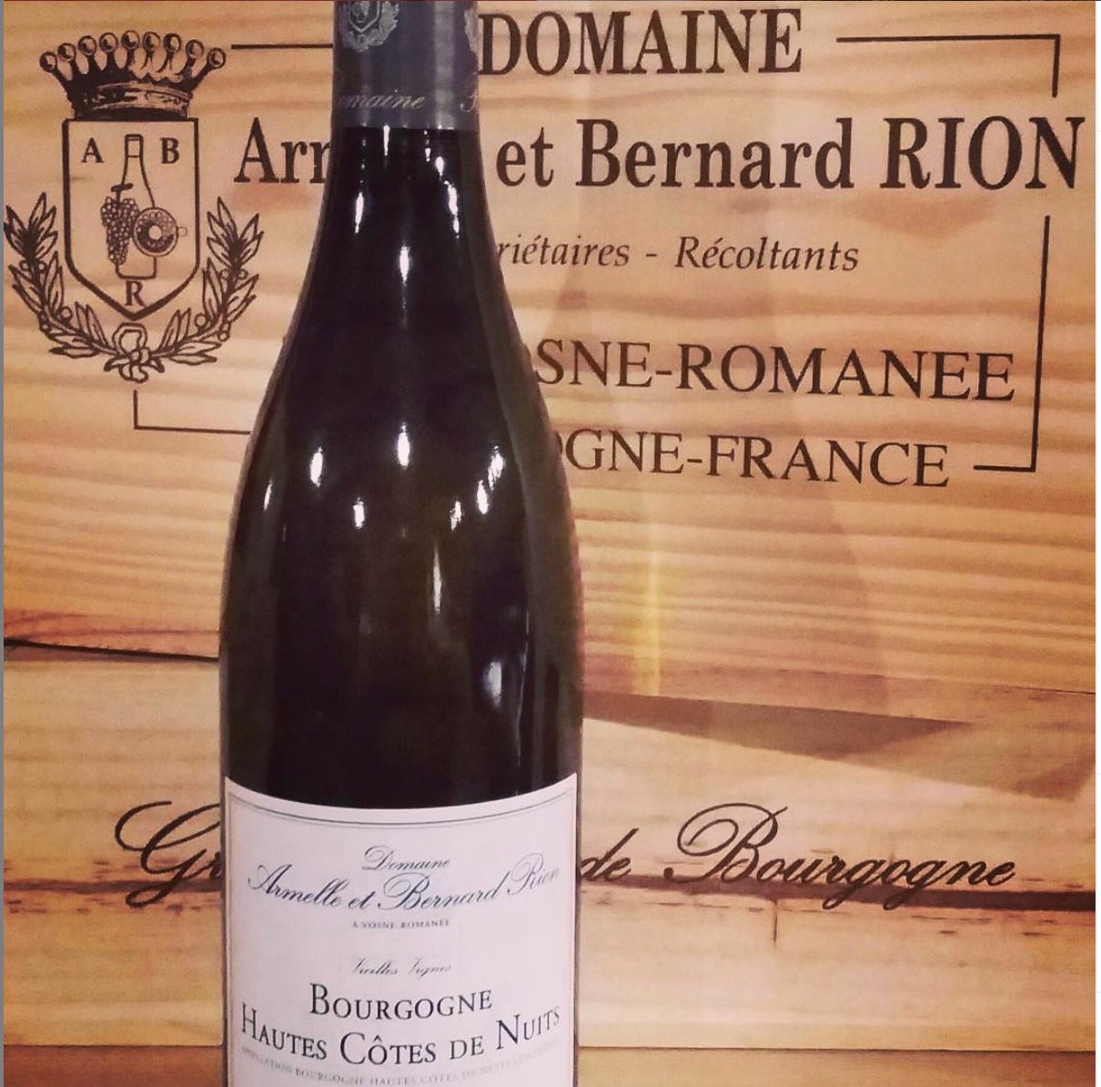 DOMAINE Armelle et Bernard RION - The vineyards are located in some of the most prestigious villages of the Cote de Nuits: Vosne-Romanée, Chambolle-Musigny, Nuits Saint Geroges and Vougeot.  Rion produces a fantastic range including appellations Coteaux Bourguignons, Village, 1st Cru and Grand Cru.