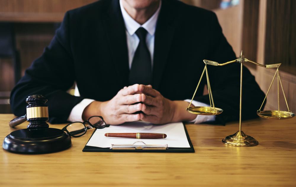 criminal lawyers.jpg