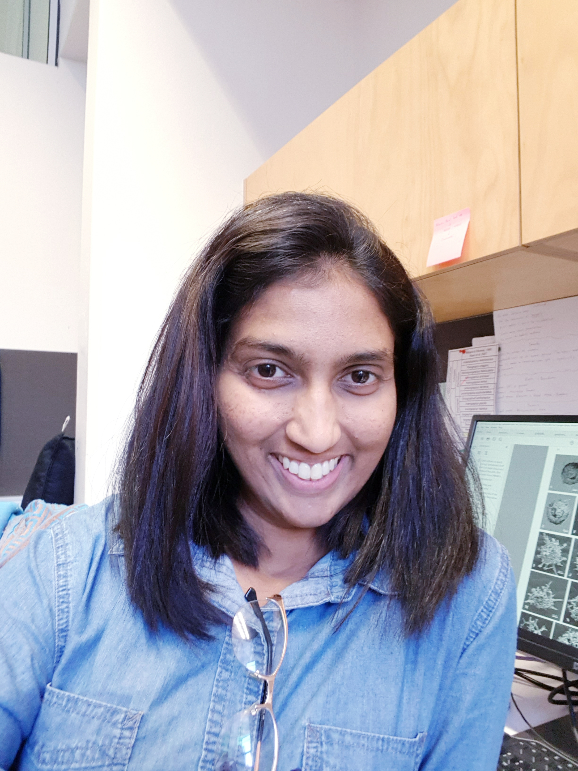 Siyumini Perera    Social Media (Facebook)   PhD Candidate  School of Earth and Environmental Sciences  The University of Queensland  QLD, Australia