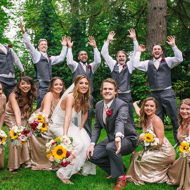 On this chilly and rainy day!  Taking us back to the start of the wedding season with Jessica and Marty. A supportive and fun bridal party can help make for memorable photos. @blackdiamondgardens @dbkphotography @lovebloomsweddings  #martymarrysjess #springtimeweddings #pacificnorthwestweddings #bridalparty #wedo