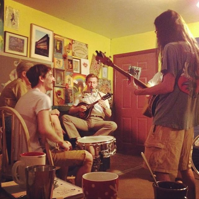 """flashback  photo to one of the first times the Smuts jammed! ~~~》circa 2012??? (alright, Amy Lou just sat in on a Yourchestra practice, but it was memorable nevertheless!) 📸: Heather Hoch 👁: Check out """"Hunkett"""" aka @mypluto"""