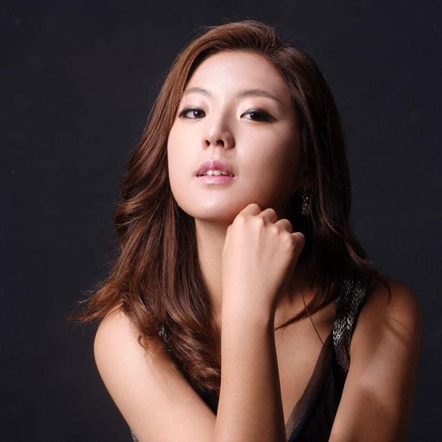 Hwi-Eun Kim.jpg