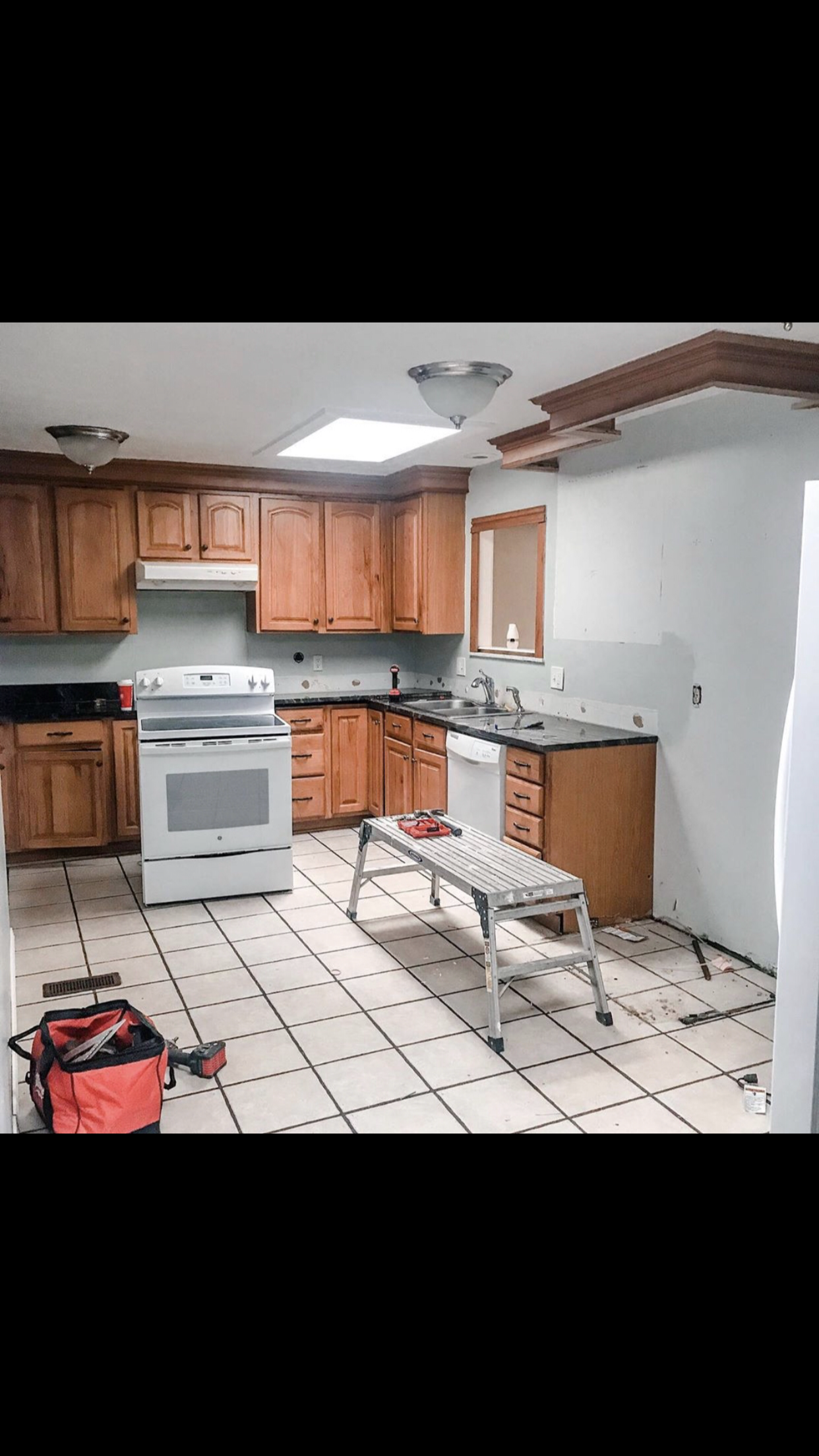 Here is what the kitchen looked like before.