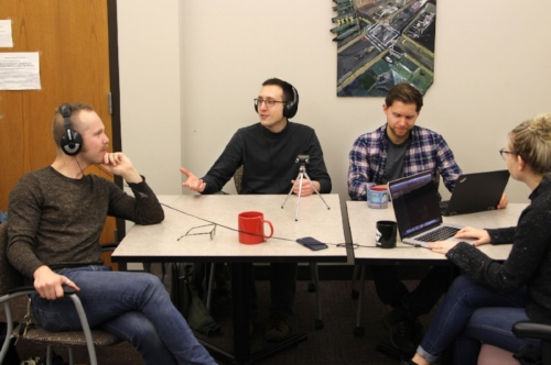 re:verb editorial team -