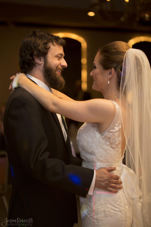 8a284ae1984e671f-020_vermilion-ohio-wedding_JustinaRoberts.jpg
