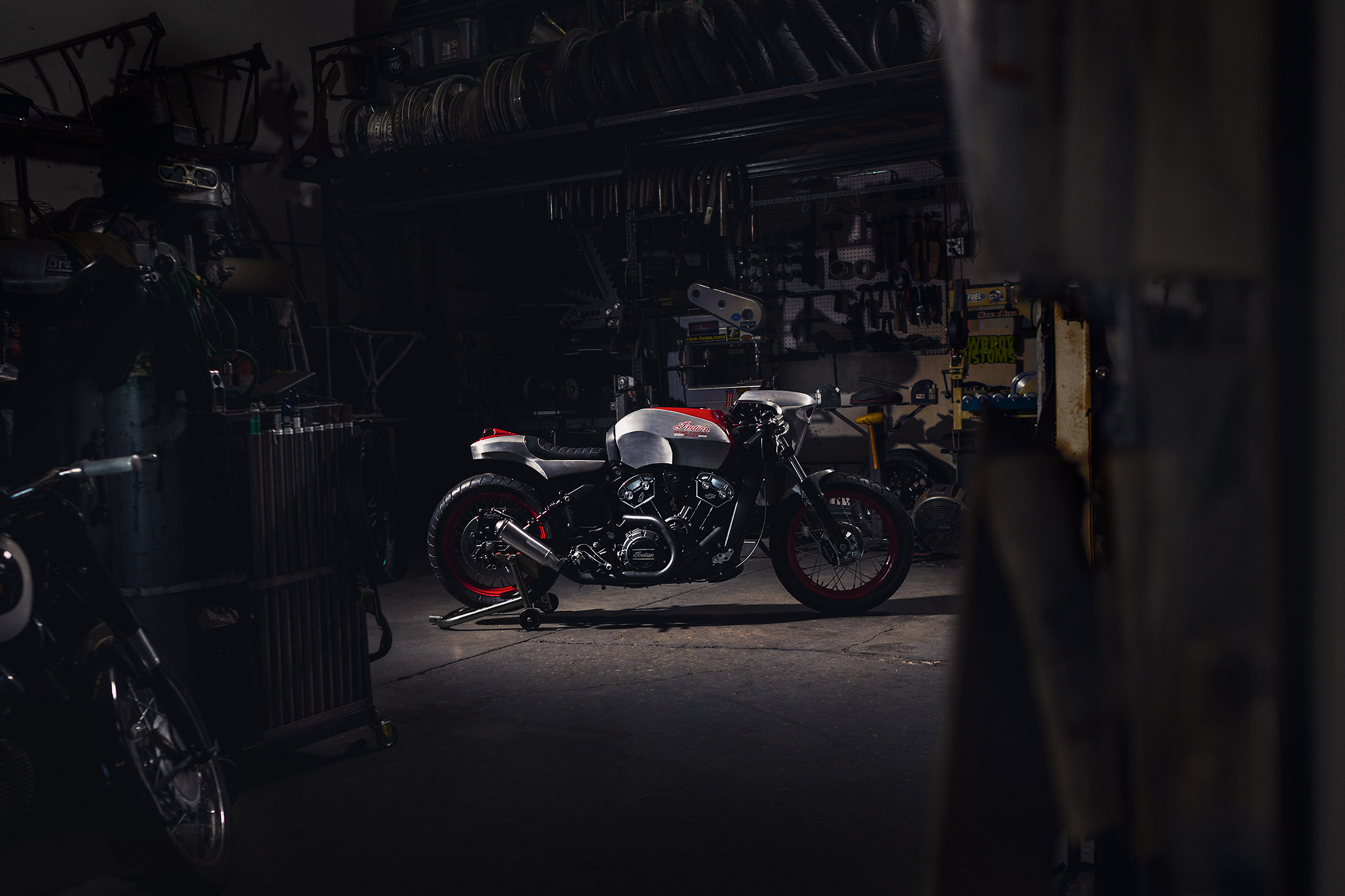 17_0915_Keino_IndianScout_HotBike_130A.jpg