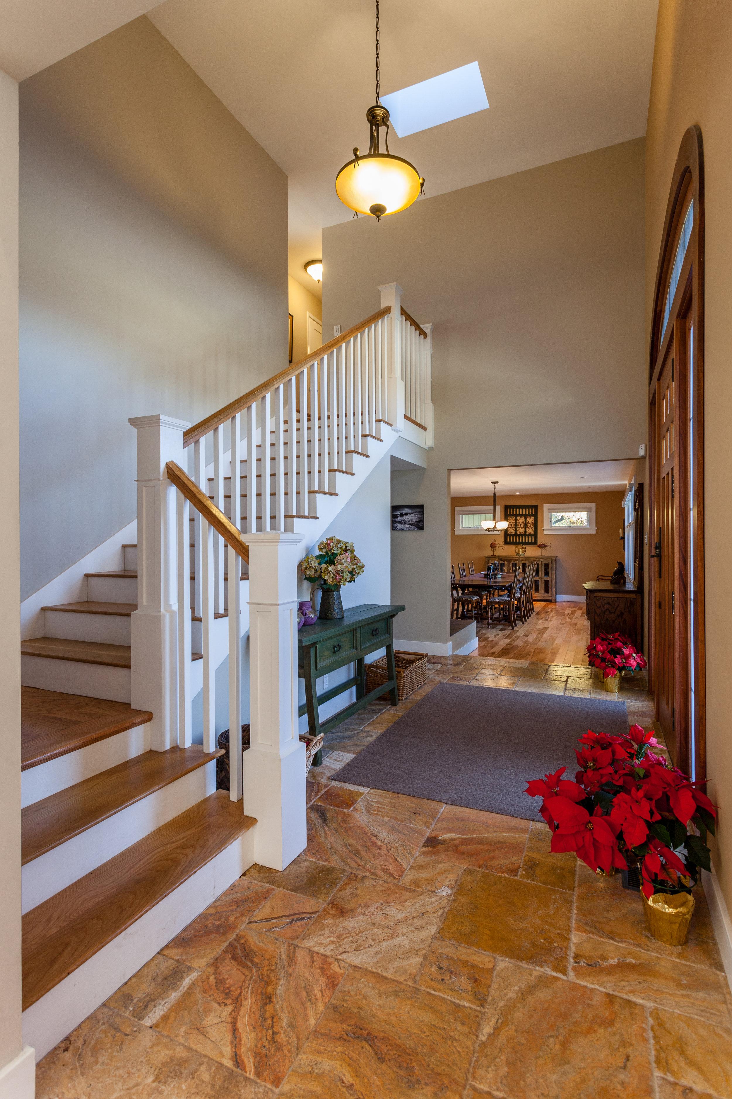 02 Stair2458.jpg