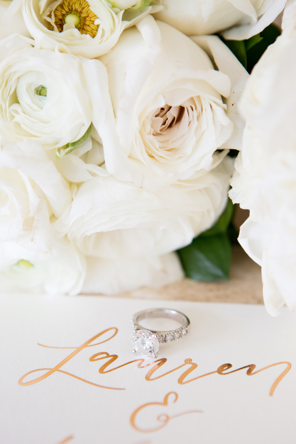 wedding-0104-rings-engagement-invitation-flowers-bouquet-queensland.jpg
