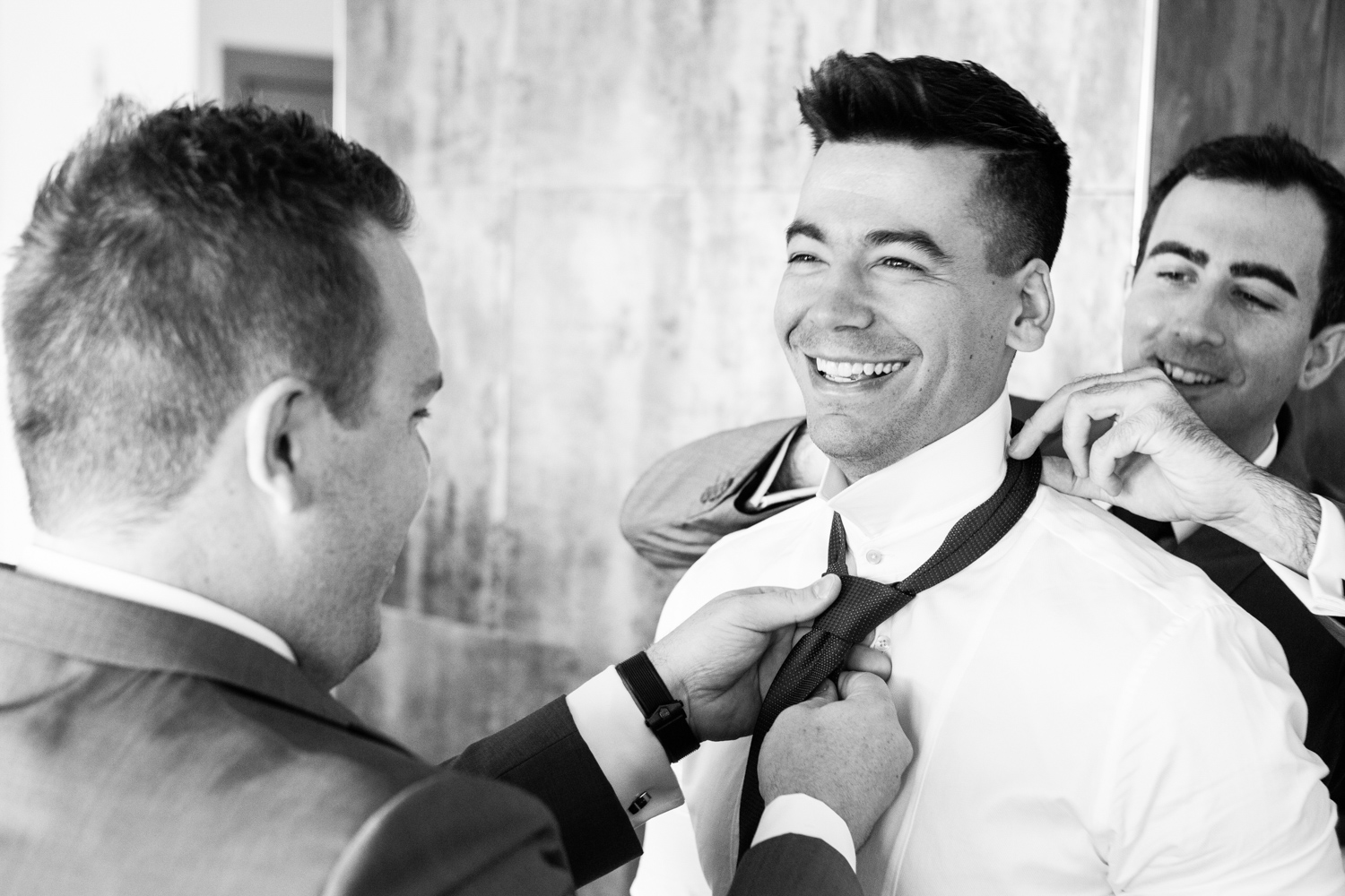wedding-0308-tie-groom-getting-ready-queensland.jpg