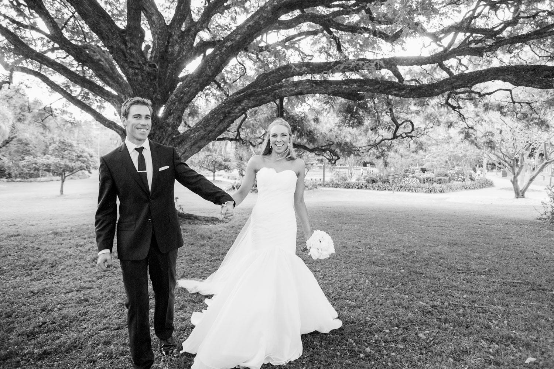 wedding-0277-botanical-gardens-tree-brisbane.jpg