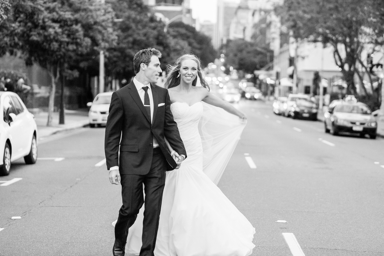 wedding-0285-urban-street-stop-traffic-australia.jpg