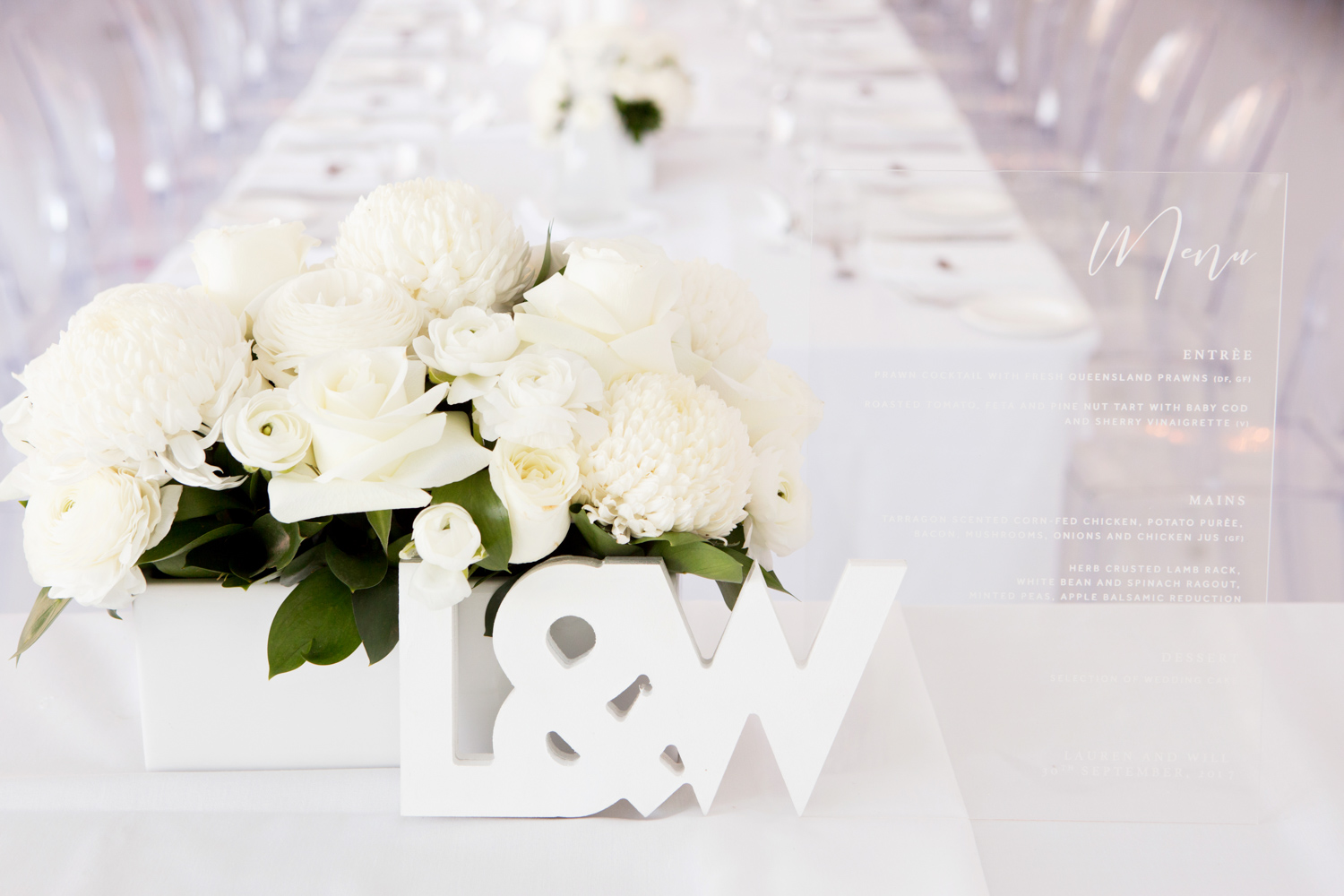 wedding-0155-outrigger-reception-white-flowers-table-queensland.jpg