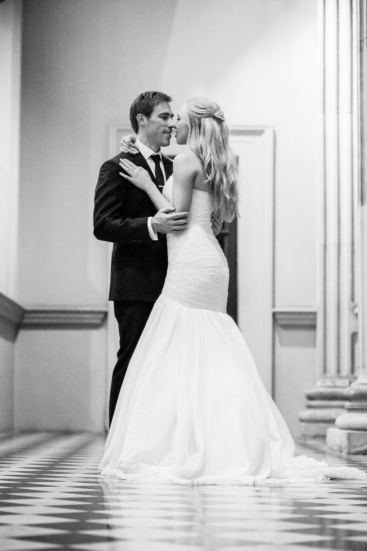 wedding-0304-reception-romantic-night-blackwhite-brisbane.jpg