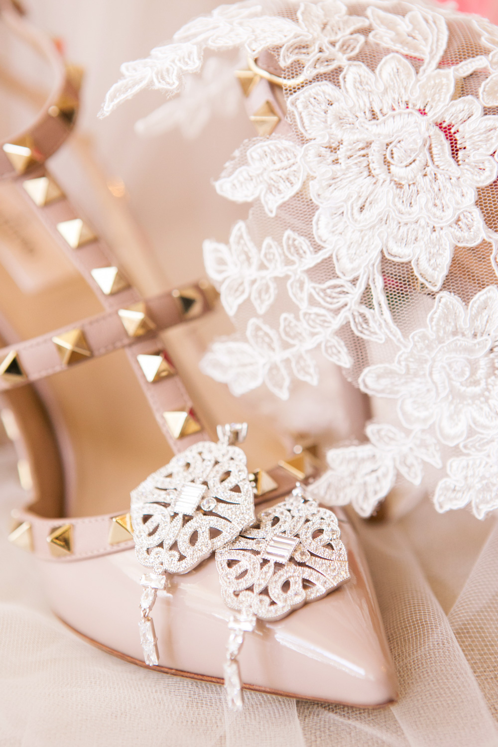 wedding-0434-valentino-shoes-earrings-lace-bridal-queensland.jpg