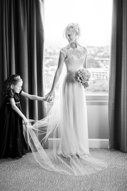 wedding-0420-veil-flowergirl-moments-australia.jpg