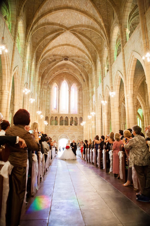 wedding-0577-stjohns-cathedral-archways-aisle-brisbane.jpg