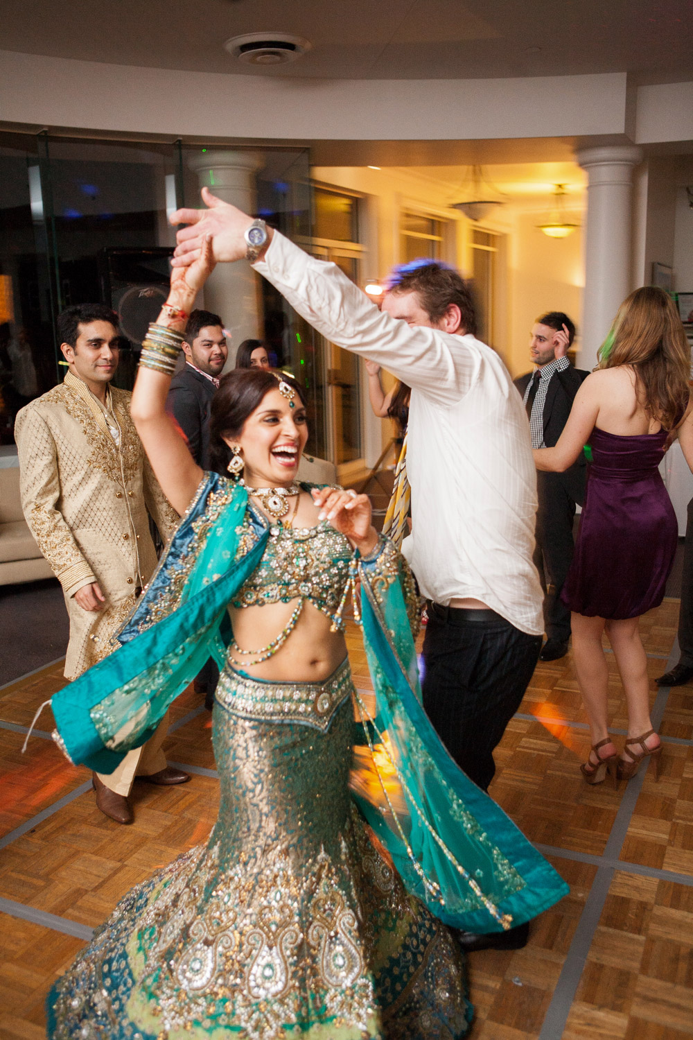 wedding-0549-indian-sari-goldcoast-links-dancing-australia.jpg