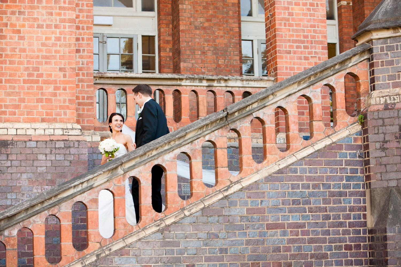 wedding-0580-old-museum-building-bricks-brisbane.jpg