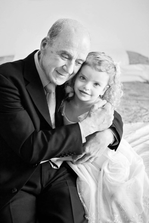 wedding-0520-grandparents-flowergirl-hugs-cute-brisbane.jpg