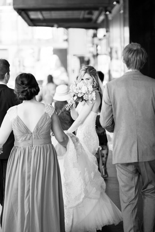 wedding-0602-sydney-streets-bride-walking-queensland.jpg