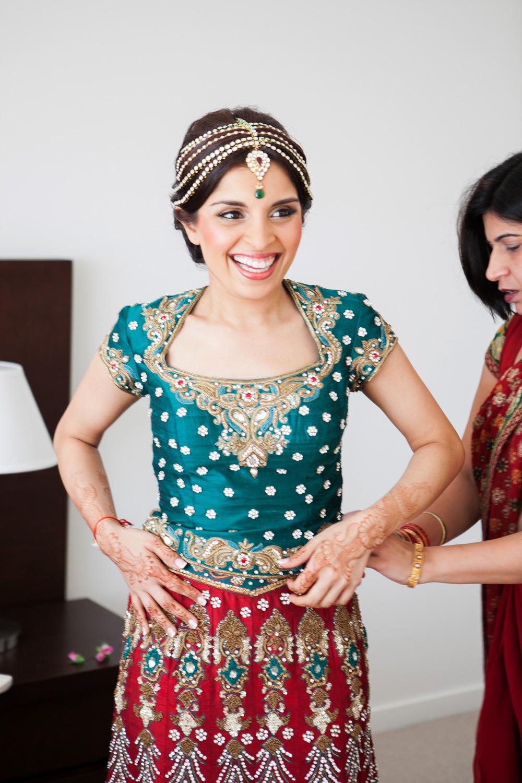wedding-0346-indian-sari-bride-red-brisbane.jpg